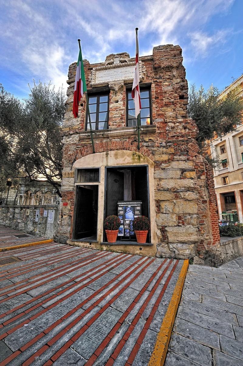 Genova festeggia il columbus day tutte le iniziative for Stili di progettazione del piano casa della nigeria